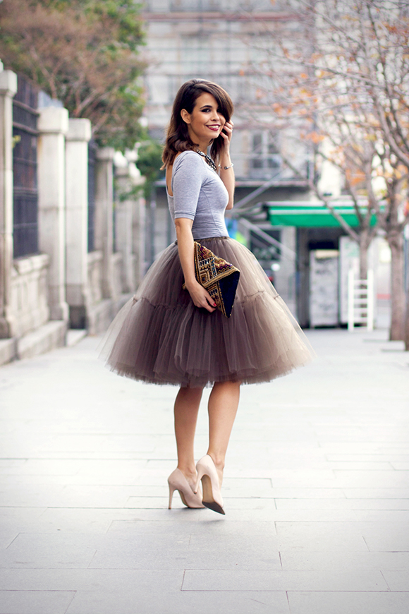 1357866397look_nochevieja-new_year_eve_outfit-tulle_skirt-street_style-16