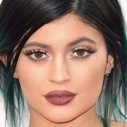 Como ter o bocão da Kylie Jenner em três passos