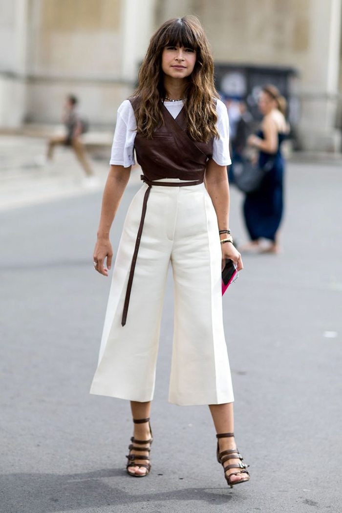 2.-chic-top-with-with-cropped-flared-pants