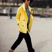 Usando Amarelo no outono/inverno: 6 formas incríveis!