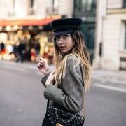 Esquentando a cabeça: Como usar quepes e boinas