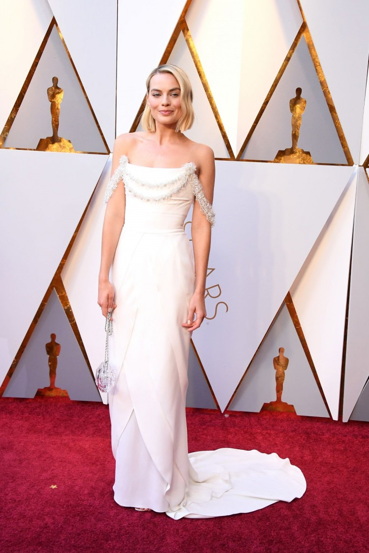 margot-robbie-at-oscar-2018-in-los-angeles-03-04-2018-4