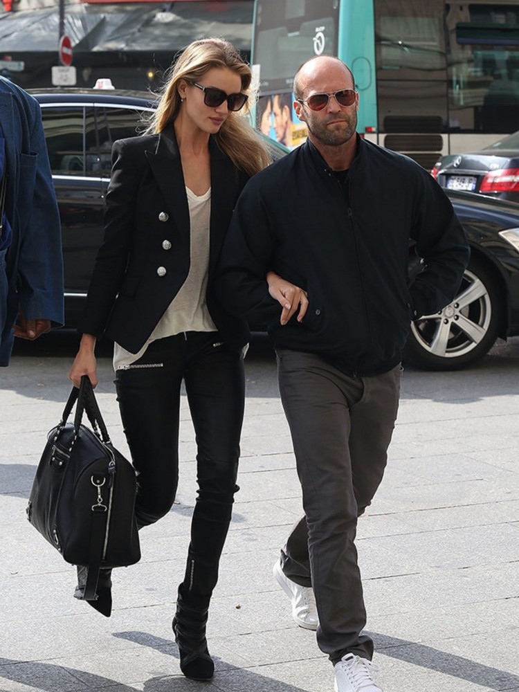 2048x2730-ry-25408-rosie-huntington-whiteley-and-jason-statham-off-duty-couples-street-style-getty-gallery-jpg