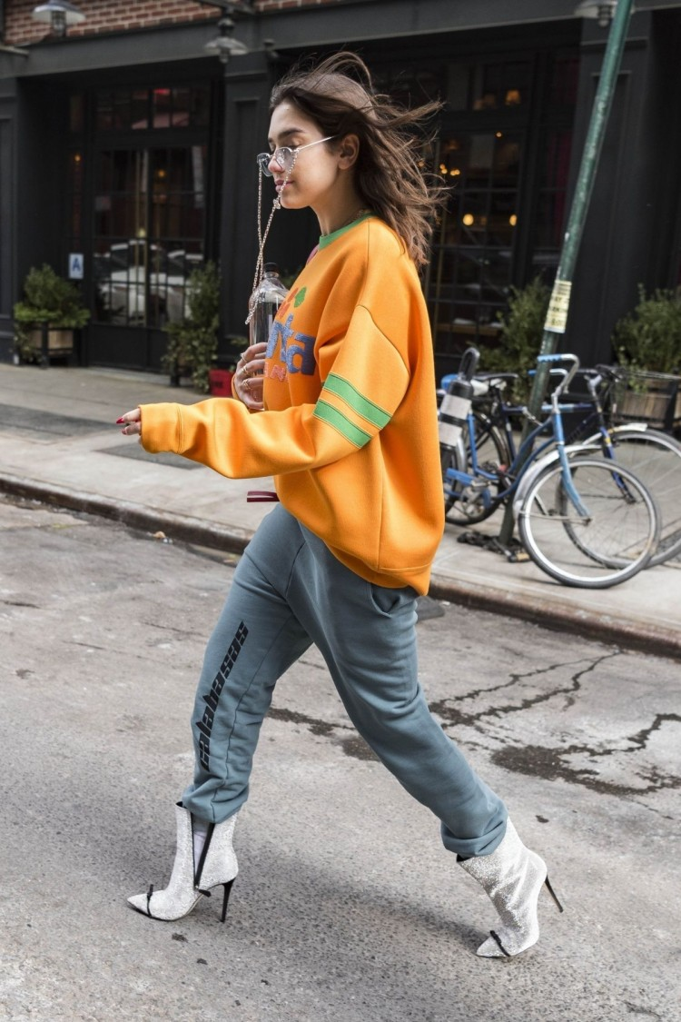 dua-lipa-arrives-at-snl-rehearsals-in-new-york-02-02-2018-2