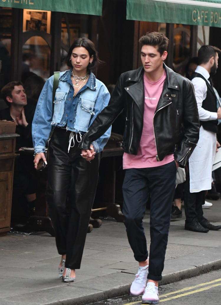 Dua And Isaac walked through Soho holding hands from Bob-Bob Richard restaurant to Soho house.  <P> Pictured: Dua Lipa & Isaac Carew <B>Ref: SPL1704539  300518  </B><BR/> Picture by: LDNPIX / Splash News<BR/> </P><P> <B>Splash News and Pictures</B><BR/> Los Angeles:	310-821-2666<BR/> New York:	212-619-2666<BR/> London:	870-934-2666<BR/> photodesk@splashnews.com<BR/> </P>