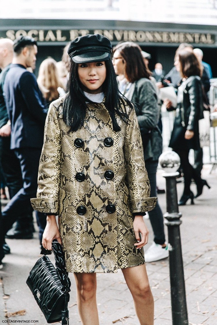 PFW-Paris_Fashion_Week-Spring_Summer_2016-Street_Style-Say_Cheese-Valentino_Spring_Summer_2016-Yoyo_Cao-Snake_Coat-Miu_Miu-Cap--790x1185